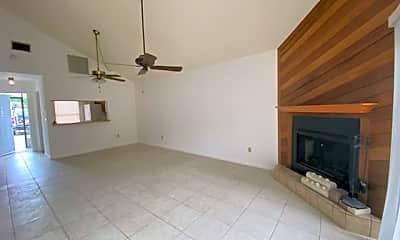 Kitchen, 17346 Ithaca Dr 348, 1