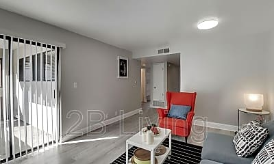 Living Room, 1424 37th Ave, 1