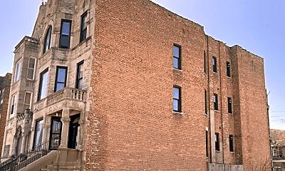 Building, 1124 S Richmond St, 1