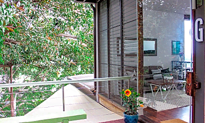 Patio / Deck, 2455 Pacific Heights Rd, 1