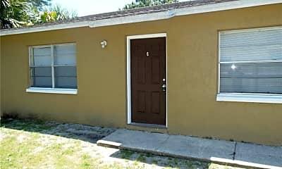 Building, 4101 32nd St N B, 1