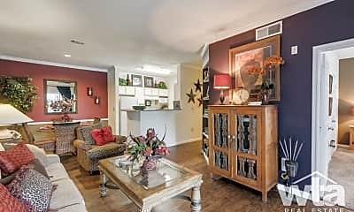 Living Room, 5600 Babcock Rd, 1