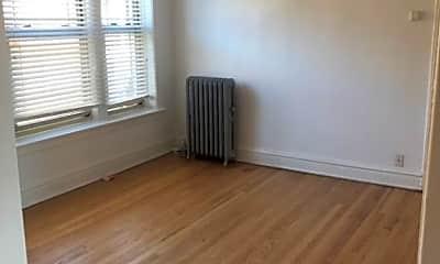 Living Room, 6967 N Bell Ave, 2