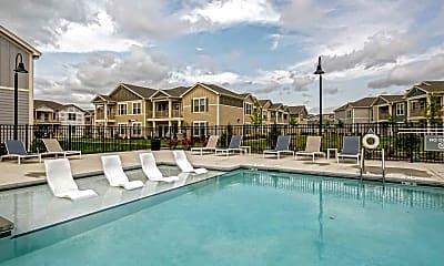 Pool, Springs at Kenosha, 0