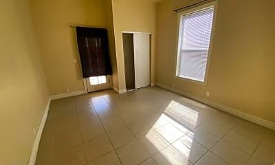 Living Room, 246 N 2nd Ave, 2