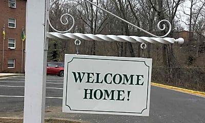 Community Signage, Oak Ridge Apartments, 0