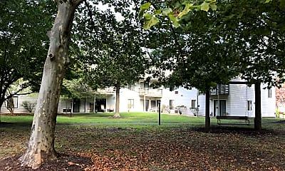 Pine Bluff Village Apartments, 2
