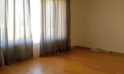 Living Room, 9713 River St, 0