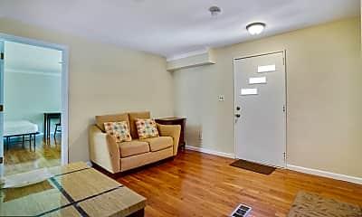 Living Room, 59 Leavitt Ln, 1