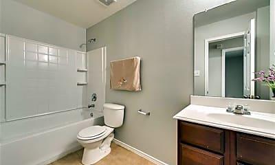 Bathroom, 9841 Fleetwood Dr, 2