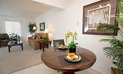 Fairway Estates Apartments, 1