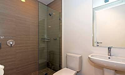 Bathroom, 3250 NE 188th St 408, 2