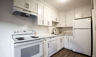 Kitchen, 3812 Mission St, 1