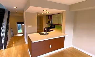 Living Room, 4045 Cresson St, 0