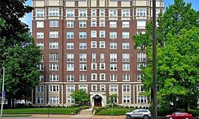 Building, 725 S Skinker Blvd 7C, 0