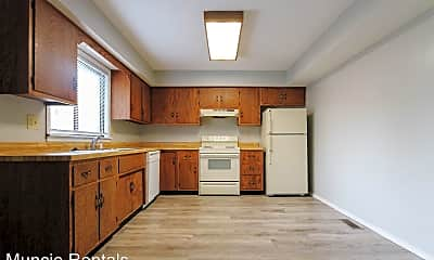 Kitchen, 3905 N Franklin St, 1