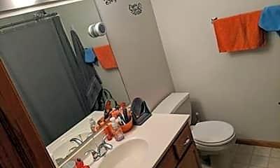 Bathroom, 20 Cherry Ct, 2