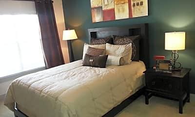 5225 Maple Avenue Apartments, 2