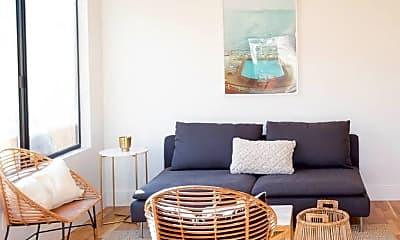 Living Room, 807 N Madison Ave, 0