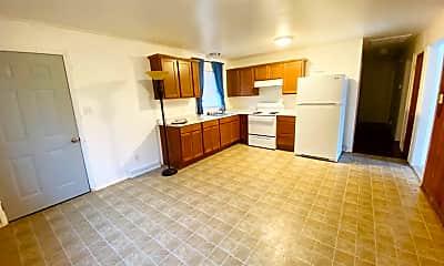 Kitchen, 3 Carpenter Ct, 1