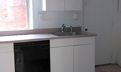 Kitchen, 626 Maryland Ave, 2