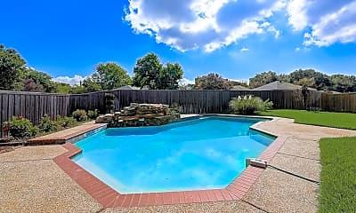 Pool, 5910 Lakeshore Dr, 2