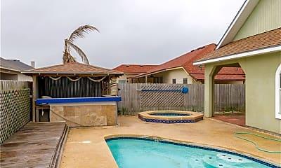Pool, 15058 Reales Dr, 1