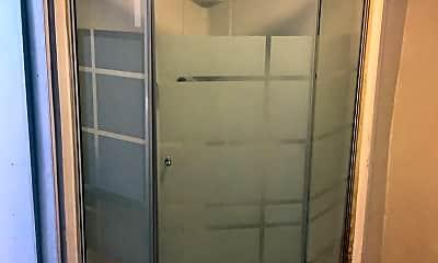 Bathroom, 2212 Oak Ave, 2