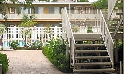 Buena Sands Apartments, 2