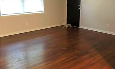 Living Room, 3601 Bull St 3, 1