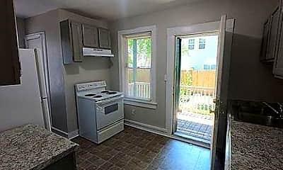 Kitchen, 819 W 35th St, 1