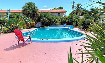 Pool, 2315 Adams St 30, 2
