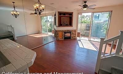 Living Room, 27032 Big Rapids Loop, 1