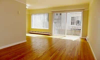Living Room, 1865 Bush St, 1
