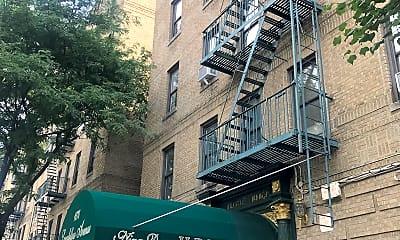 Nina Dunn Apartment Tenant League, 0