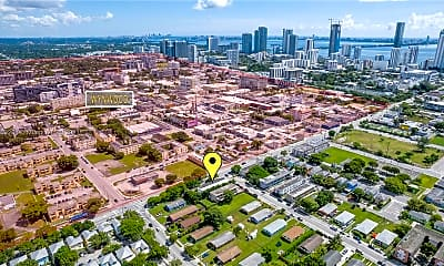1950 NW 2nd Ct 9, 0