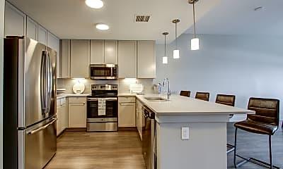 Kitchen, 4th & Park, 1
