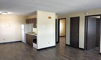 Living Room, 3222 Eldorado Blvd, 2