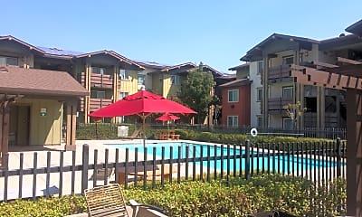 Cottonwood Creek Apartments, 0