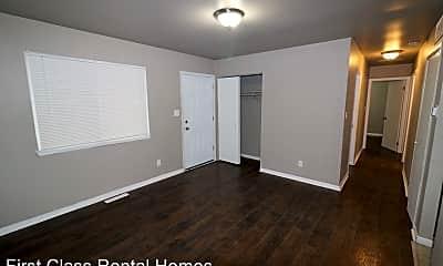 Bedroom, 1020 Stevenson St, 1