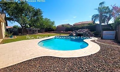 Pool, 3115 S 99Th St, 2