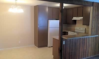 Kitchen, 1811 Saratoga Ave, 1