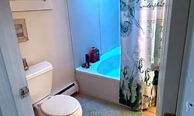 Bathroom, 50 Littleton Rd, 1