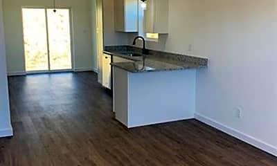 Kitchen, 804 W Oak Hill Ave, 1