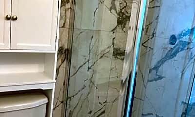 Bathroom, 807 N Alfred St, 2