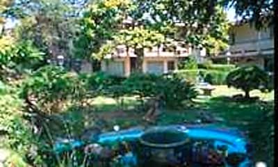 South Shore Gardens, 2