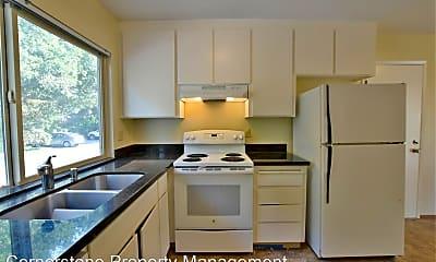Kitchen, 11021 Lucky Oak St, 1