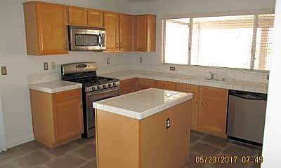 Kitchen, 317 Palisades Dr, 1
