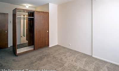 Bedroom, 4265 NE Halsey St, 2