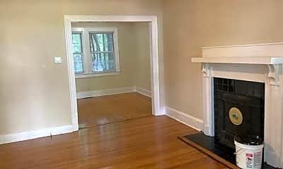 Living Room, 209 S Meade St, 1